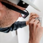 cropped-electrician-1080554_1920-2.jpg